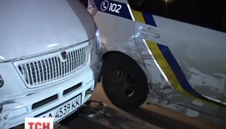 У столиці п'яний водій протаранив шість машин