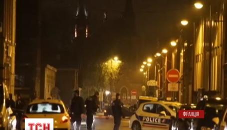 У французькому місті Рубе злочинці захопили родину банкіра