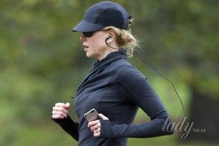 Звезды в реальной жизни: Николь Кидман на пробежке в Лондоне