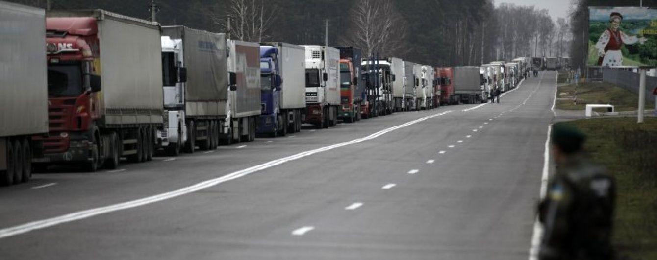 """Відтермінована """"помста"""". Україна переносить введення підвищених мит на товари з Білорусі"""