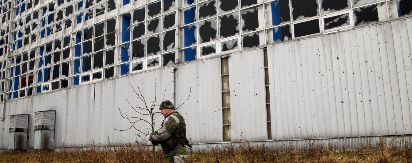Ніч у зоні АТО: бойовики продовжують обстріли, а силовики відбили наступ на Луганщині