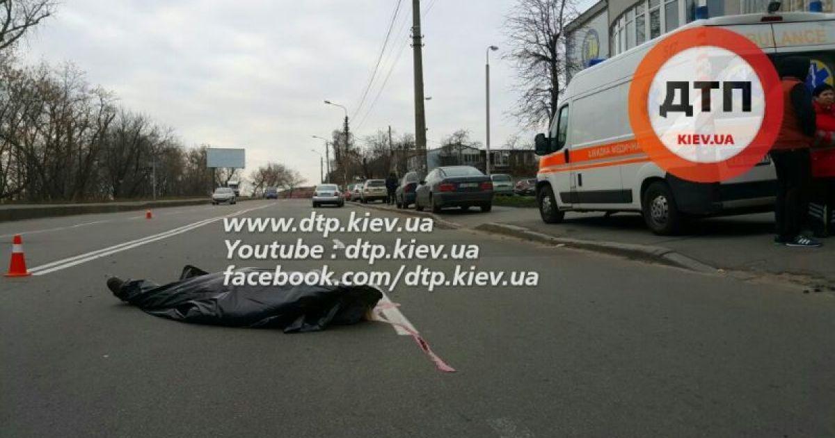В Киеве во время ДТП с полицейским авто погибла женщина @ dtp.kiev.ua