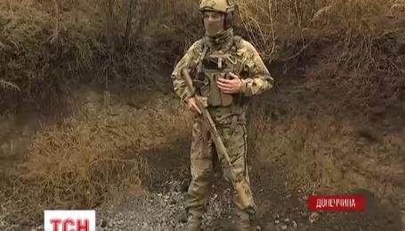 Українські морпіхи під Маріуполем спостерігають за маневрами та навчаннями бойовиків