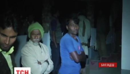 У місті Богра на півночі Бангладеш сталася стрілянина в шиїтському храмі