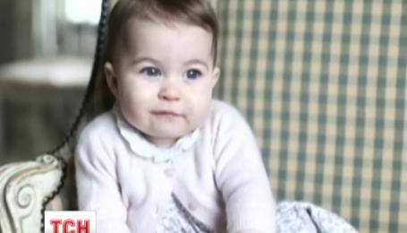 Новые фотографии маленькой принцессы Шарлотты появились в сети