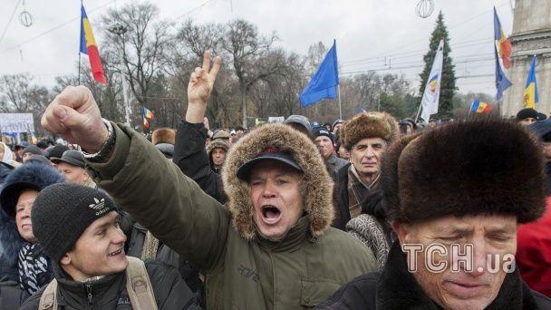 Молдовою прокотилися масові протиурядові протести