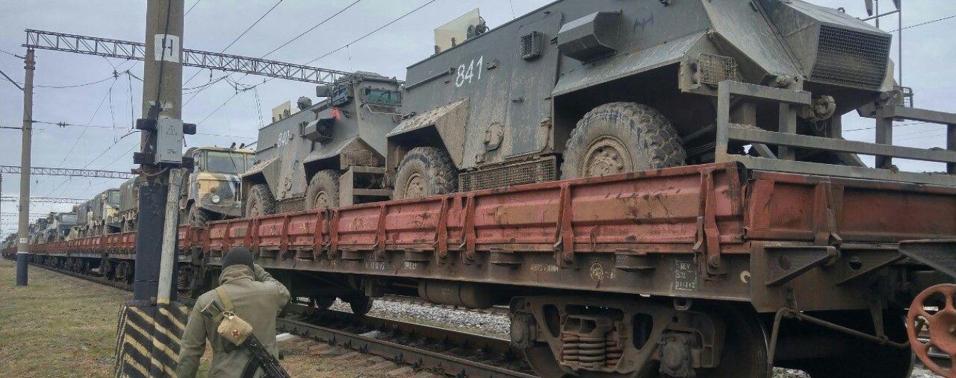 Росія перекинула до Іловайська залізничні платформи із військовою технікою - розвідка