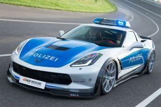 Немецкие тюнеры построили полицейский Chevrolet Corvette