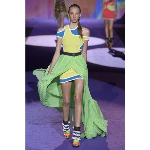 Бандажные топы и летящие юбки в коллекции DSquared2 весна-лето 2016