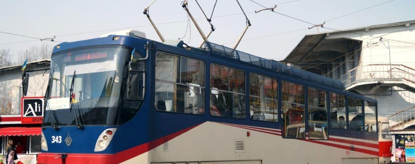 "Киеву хотят ""впарить"" старые трамваи"