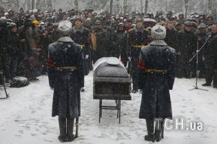 """""""Українська кампанія"""": Міноборони РФ оплатило похорон тисячі військових за чотири роки"""