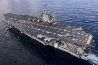 Авианосцы США начали операцию против ИГ в Сирии