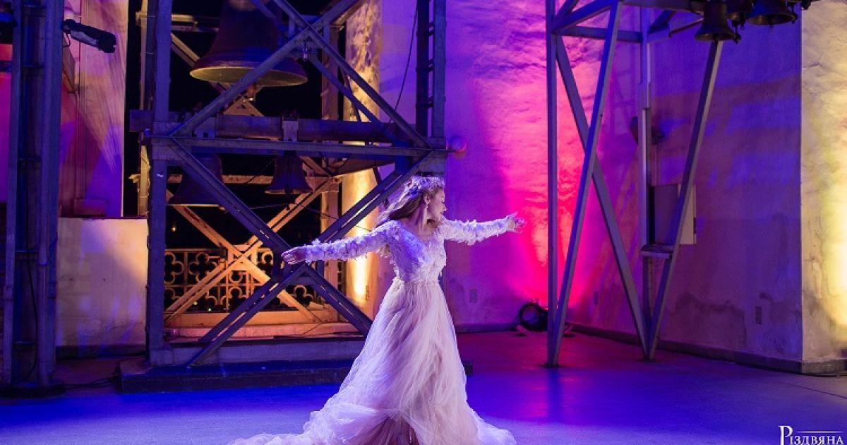 Кароль і Лебедин зіграють у музичному фільмі @ Вікторія Квітка