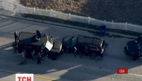 Три вибухових пристрої виявила поліція на місці стрілянини в місті Сан-Бернардіно