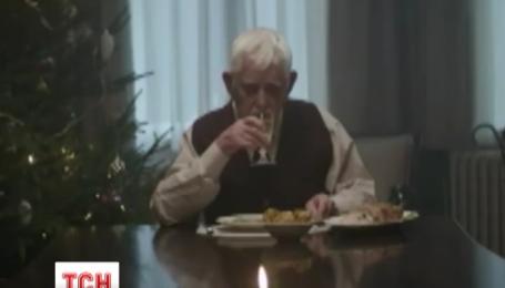 Сеть разорвал печальный и трогательный видеоролик о Рождестве