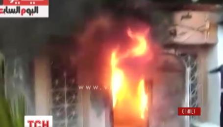 По меньшей мере 16 человек погибли в результате нападения на ресторан в Каире