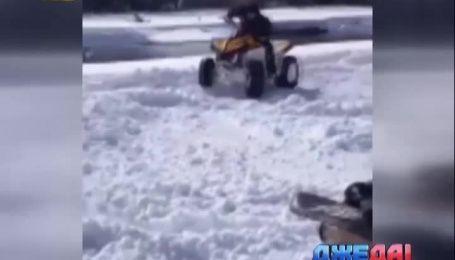 Как сорвиголовы испытывали квадроцикл на снегу