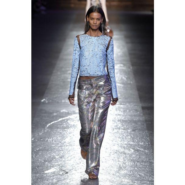 Одежда из серебряной фольги - модный тренд сезона весна-лето 2016