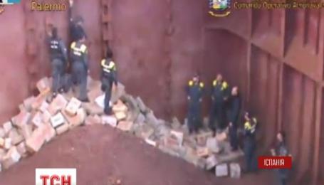 Испанская морская полиция задержала десять украинцев, задействованных в контрабанде гашиша