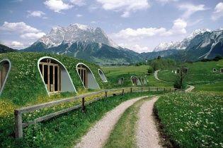 """""""Нора Хоббита"""". Для поклонников Толкина создали подземные домики"""