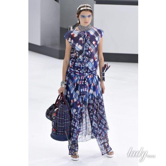 Chanel прет-а-порте сезона весна-лето 2016_23