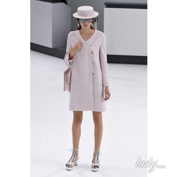 Chanel прет-а-порте сезона весна-лето 2016_37