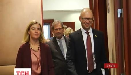 Реформуватися рішучіше закликають Україну європейські чиновники