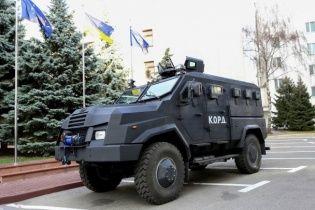 "Аваков представил новую бронемашину ""Варта"""