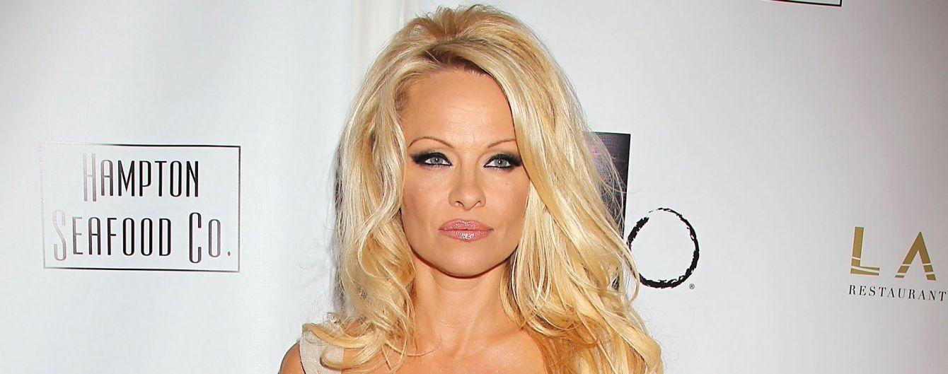 48-річна Памела Андерсон повністю оголилася для еротичного глянцю