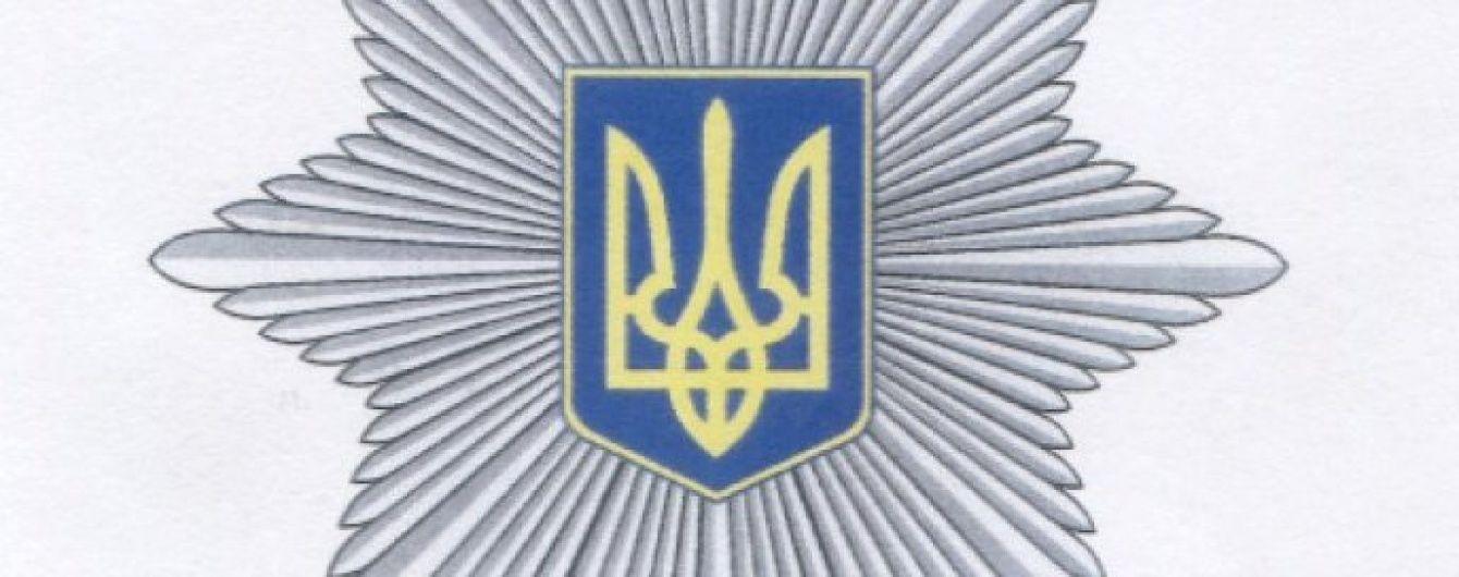 У Києві на третю добу облоги поліція забрала з квартири викрадену дитину