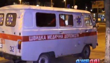 Грузовик сбил двух пешеходов в Житомире