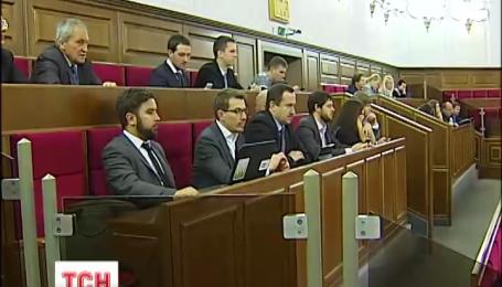 Рада прийняла закон про держслужбу, кандидати будуть проходити конкурс