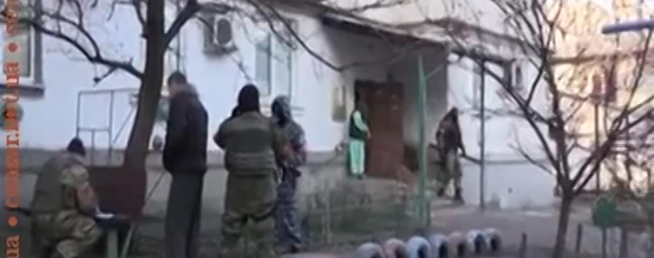 СБУ відпустила більшість затриманих під час масштабного рейду у Красногорівці