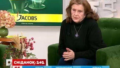 Мама Андрія Скрябіна під час вручення нагороди Кузьмі поговорила з Президентом по душам