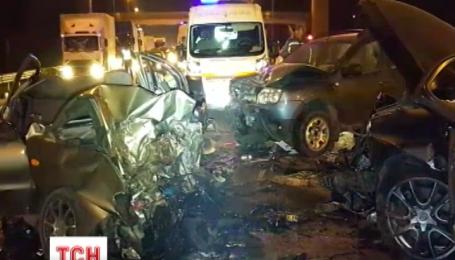 Крупное ДТП с жертвами произошло ночью на въезде в Киев со стороны Житомира