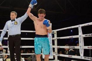 Український боксер Берінчик готується до четвертого поєдинку на профі-рингу