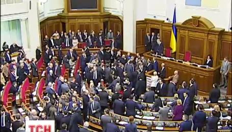 Действия депутата Барны против премьер-министра сработали на руку российской пропаганде