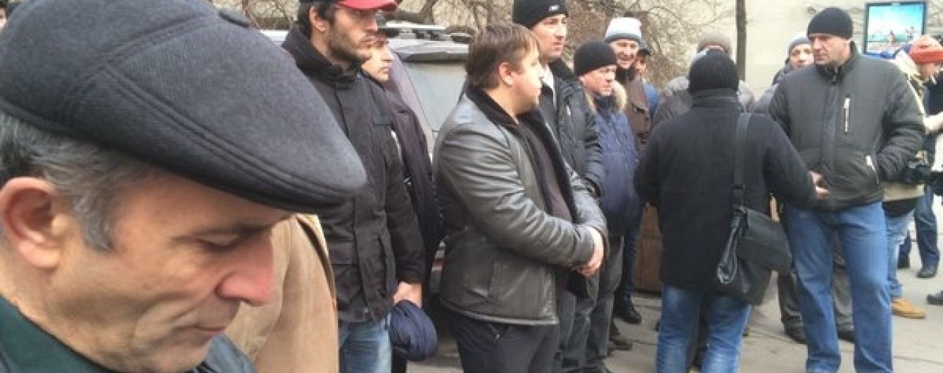 Далекобійники-мітингувальники прийшли під стіни адміністрації Путіна