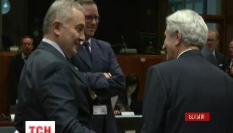 Рекомендации Еврокомиссии по либерализации визового режима для Украины откладывают