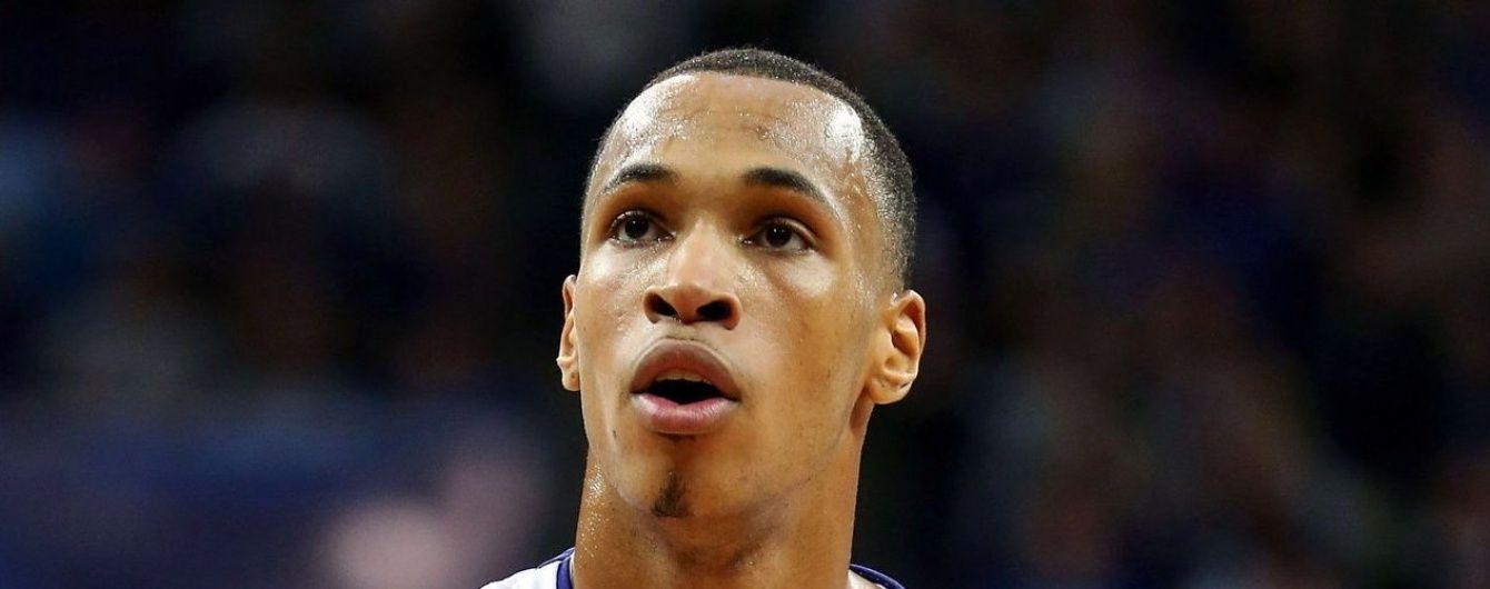 В Німеччині баскетболіст шокував публіку, забивши у власне кільце