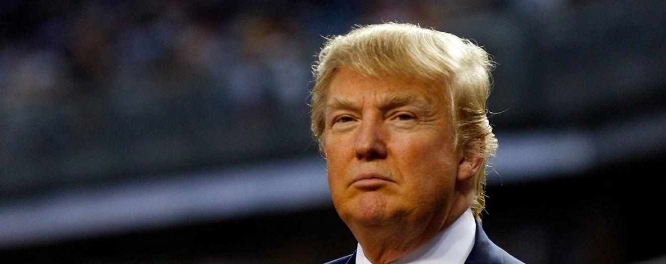 Трамп - огидний. Небо над Каліфорнією розфарбували образами на адресу політика