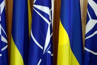 Під кінець року українці визначилися у питанні щодо вступу України до НАТО