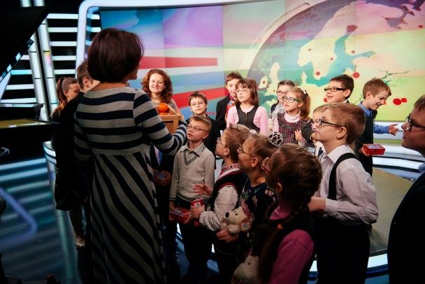 "Зірка ""1+1"" Наталія Мосейчук вчила телемайстерності дітей з інтернату"