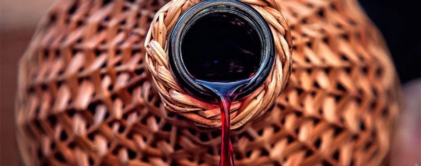 Нові акцизи на алкоголь добивають українські виноробні господарства