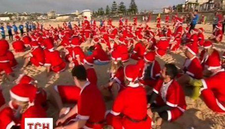 В Австралії Санта Клауси-серфінгісти встановили світовий рекорд