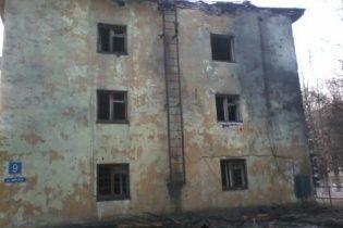 У Росії ракета влучила у триповерховий житловий будинок