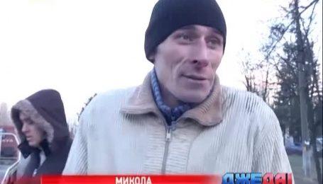 Лобовое столкновение трактора и внедорожника произошло в Киеве