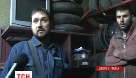 П'яний водій на повній швидкості влетів у газову заправку у Дніпропетровську