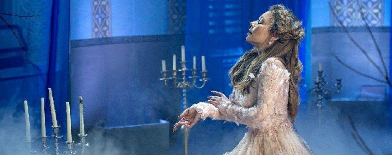 """Тіна Кароль представила нову ліричну пісню про """"віру, надію та любов"""""""