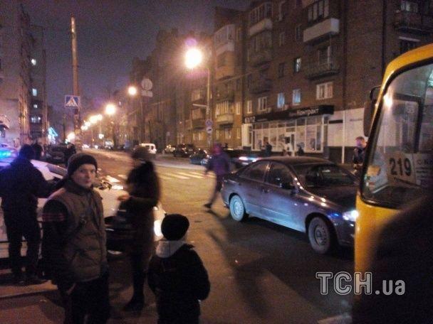 У Києві сталася аварія поблизу метро